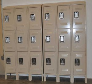 lockers-latta2