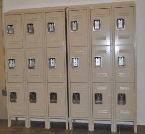 lockers-latta2